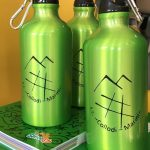 """L'I.C. """"Collodi Marini"""" distribuisce le borracce ecologiche agli alunni (da Terre Marsicane)"""
